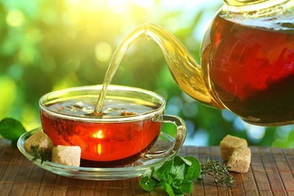 tidak baik minum teh dalam keadaan yang panas